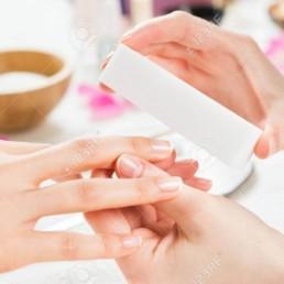 manucure vendee a challans et saint jean de monts a domicile, massage tête, massage corps et soins beauté